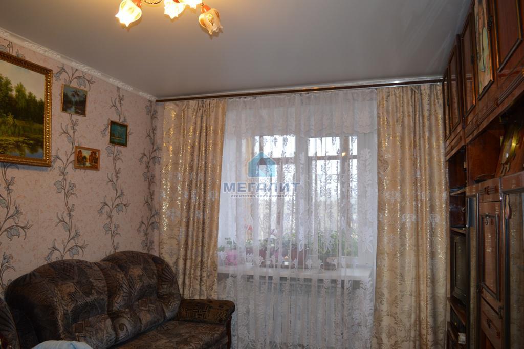 Продажа 2-к квартиры Шаляпина 45, 40 м2  (миниатюра №1)