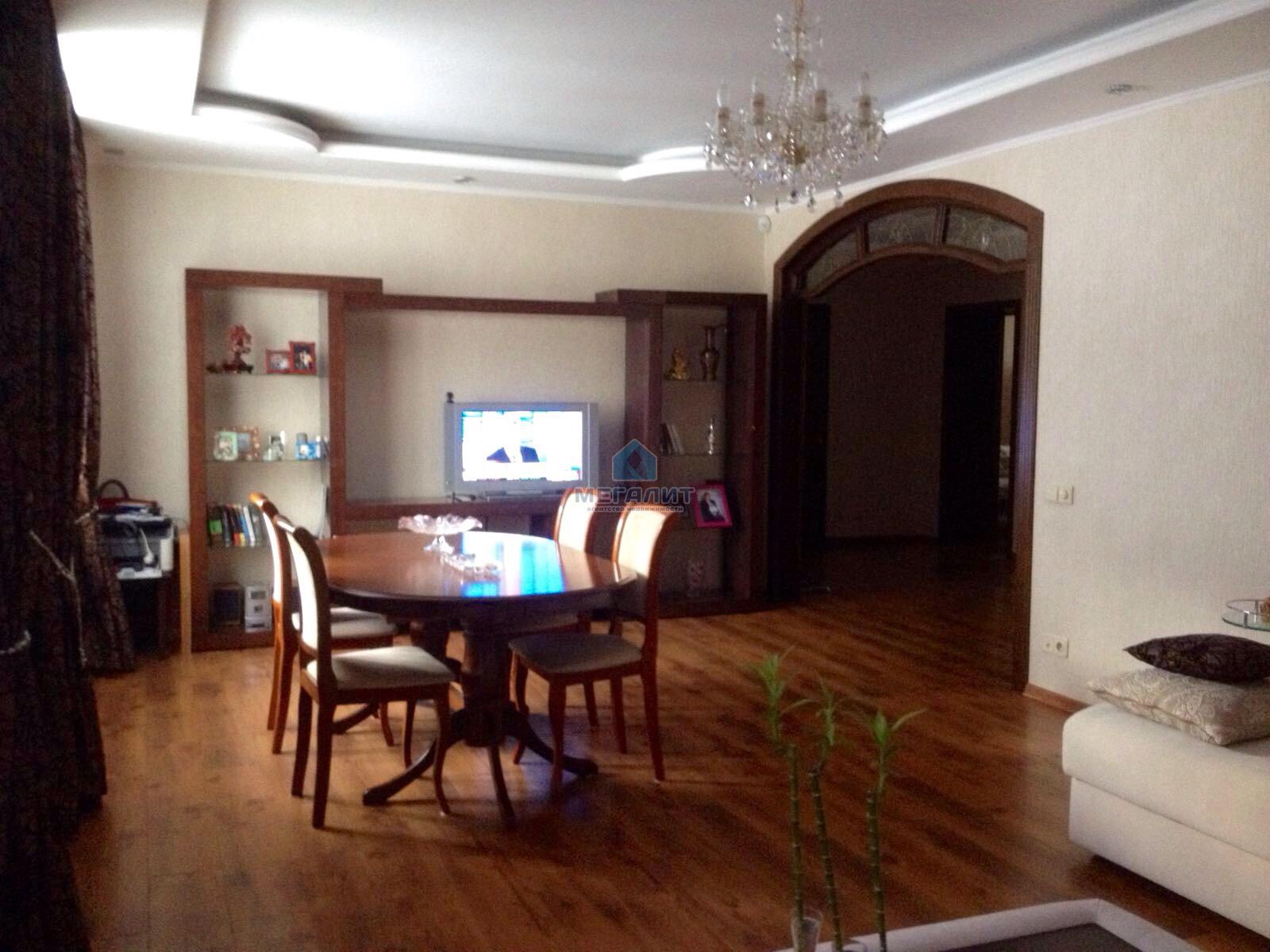 Роскошная квартира с дизайнерским ремонтом (миниатюра №13)