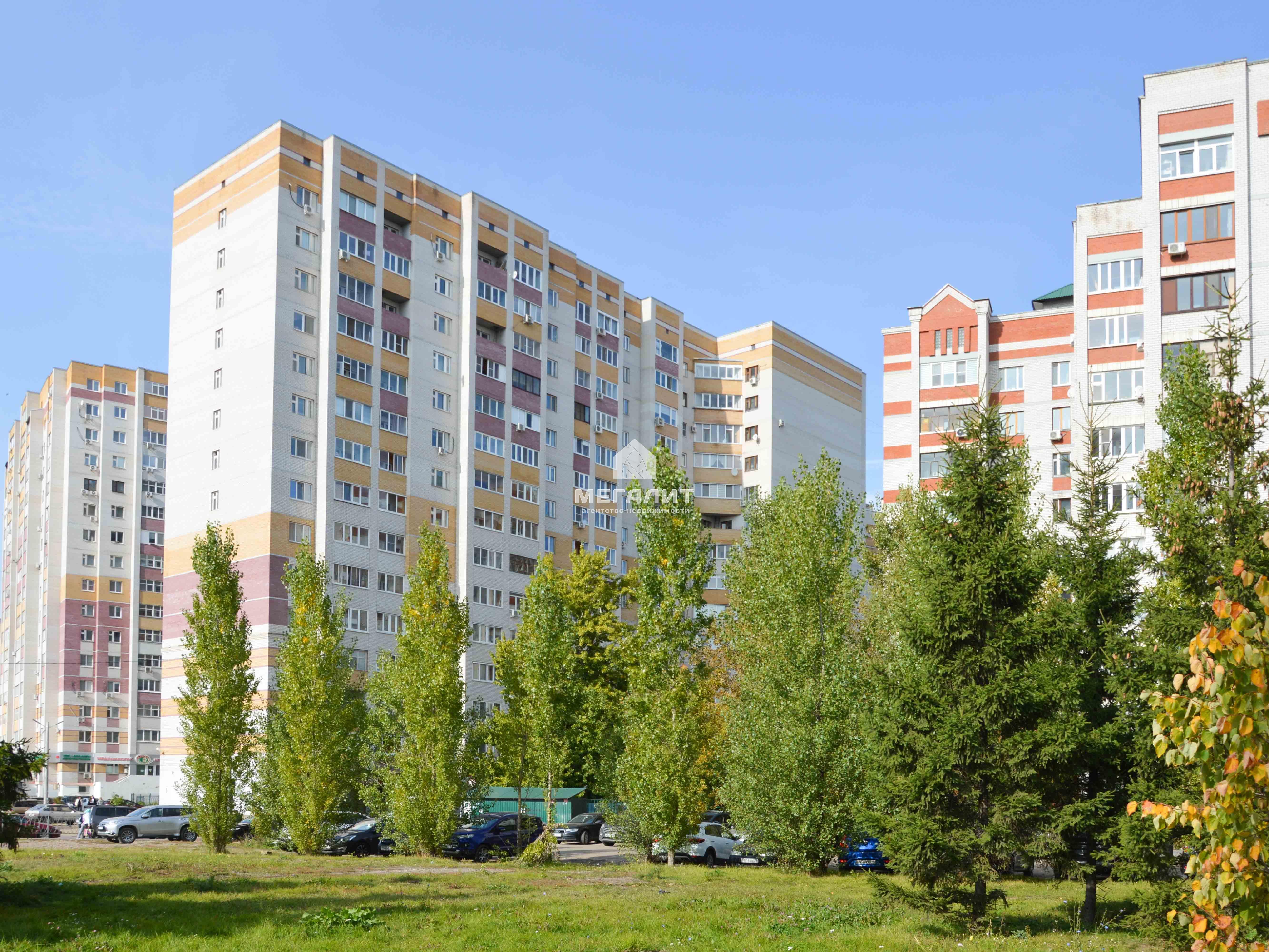 Продажа 3-к квартиры Соловецких юнг 7