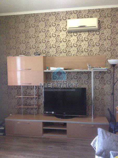 Двухкомнатная квартира в кирпичном доме (миниатюра №1)
