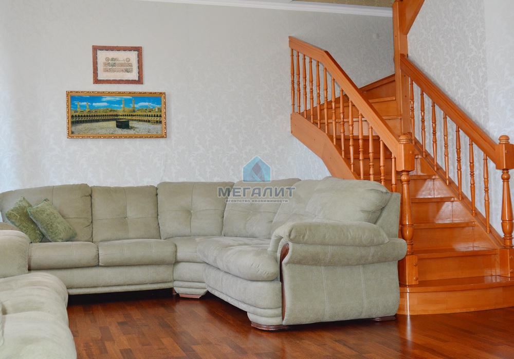 Продаю просторную 4-х комнатную квартиру по ул. Вахитова (миниатюра №3)