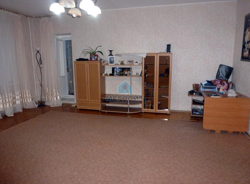 Продажа 3-к квартиры Гвардейская 56, 152 м2  (миниатюра №1)