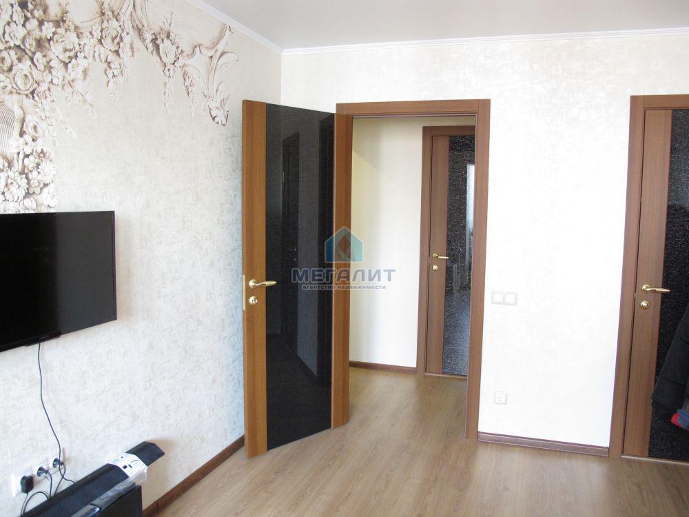 Продаю стильную 3-комнатную квартиру рядом с ТК Савиново (миниатюра №1)