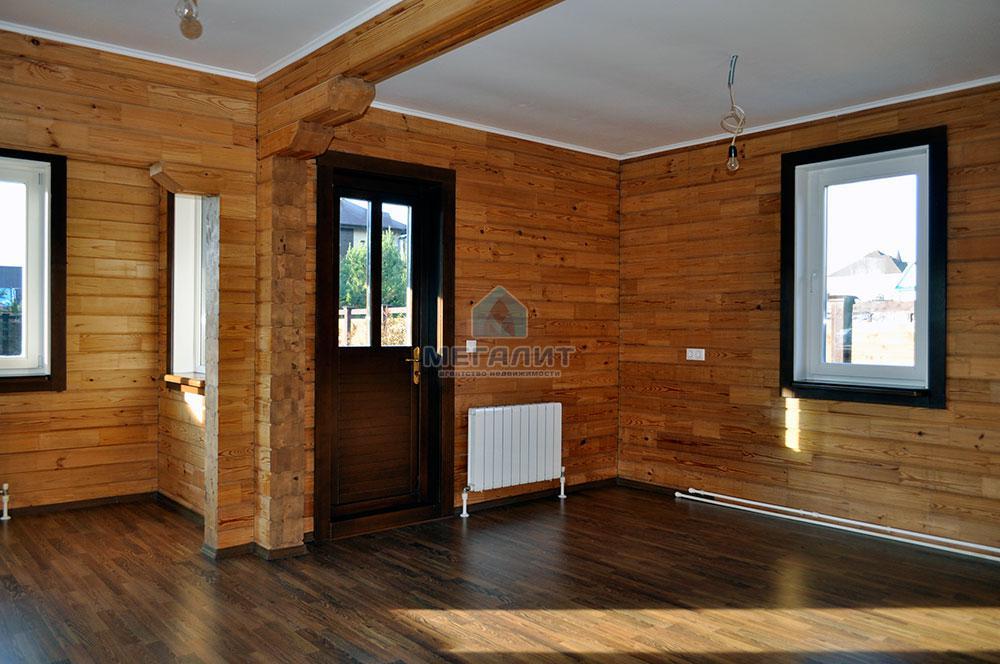 Дом в поселке Вороновка: комфорт в гармонии с природой (миниатюра №9)
