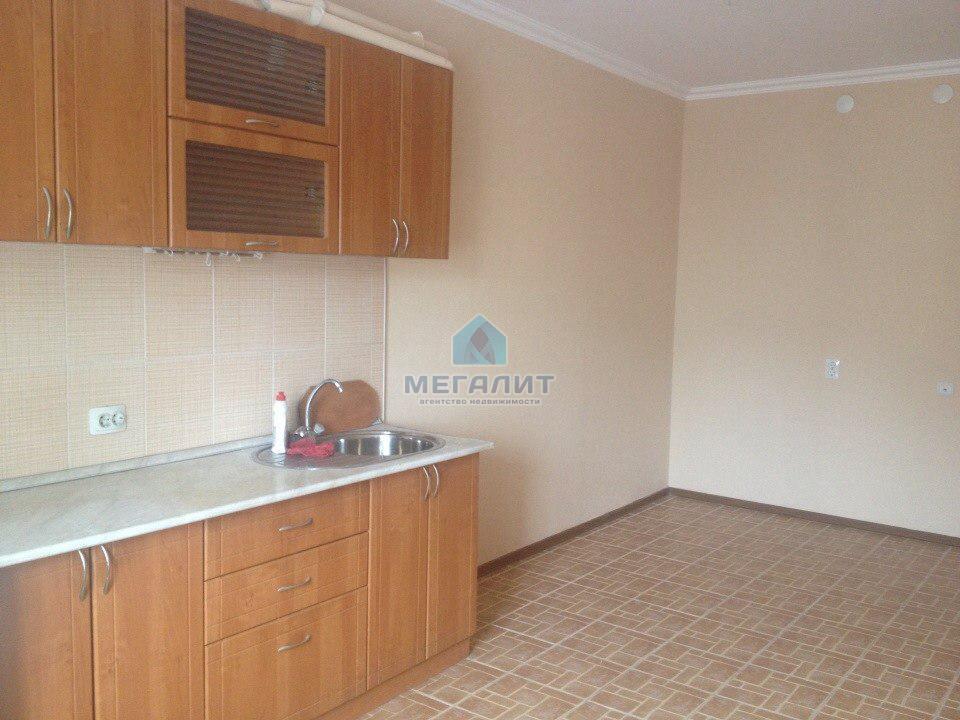 Продажа 1-к квартиры Юлиуса Фучика 62а, 64 м² (миниатюра №1)