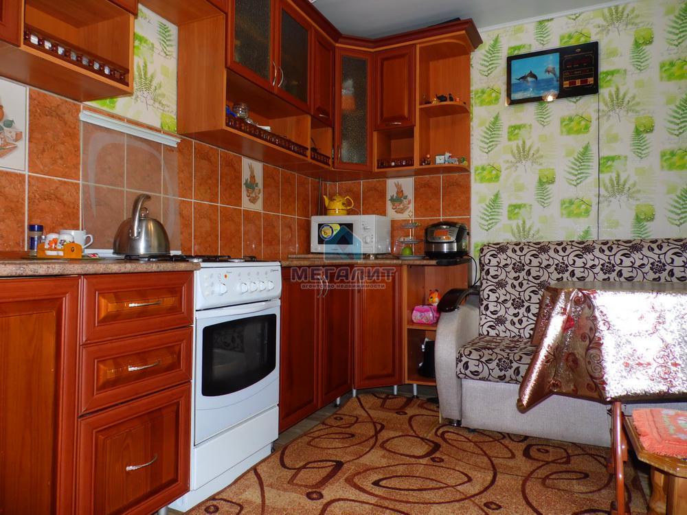 Продажа 2-к квартиры Комсомольская 8