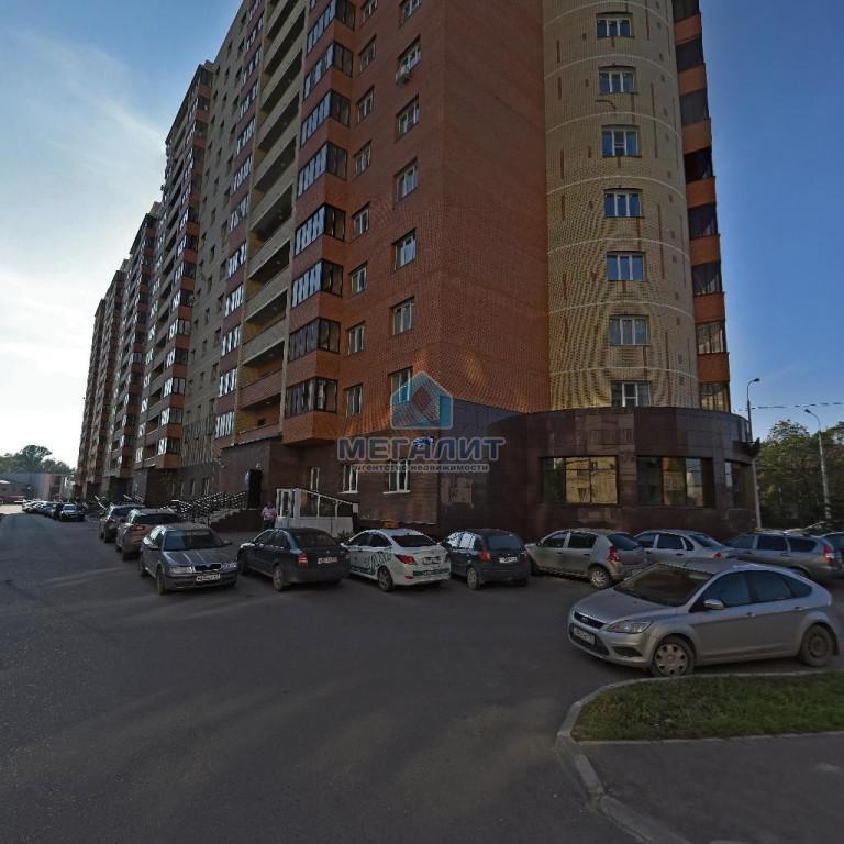 Продажа 2-к квартиры Восстания 129, 89 м²  (миниатюра №1)