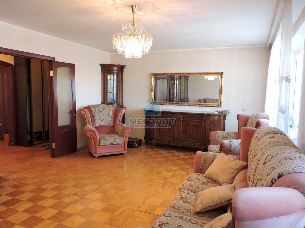Продаю отличную просторную квартиру!!! (миниатюра №1)